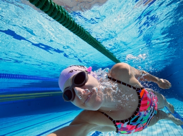 Pippa Featherstone at Parap Pool, Darwin
