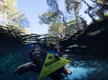 Bitter Springs Nature Reserve, Elsey NP at Mataranka - Lauren Mellor and anti-fracking demonstrators