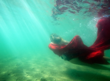 Women Who Get Wet exhibition - Tessa at Nightcliff beach