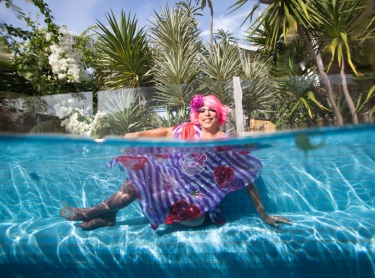Ben or Misscelanious in the pool for Women who get Wet exhibition