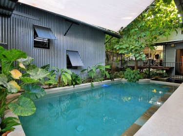 Sidney Williams hut in Westralia St, Darwin. Architect Jo Rees