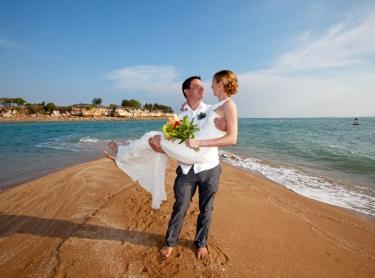 The wedding of Suzie and Chris on a sanbar off Cullen Bay, Darwin Sept 7 2012